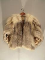 Arctic fox cape (needs relining) - Approx size: M - Price: £795 (Ref V453)